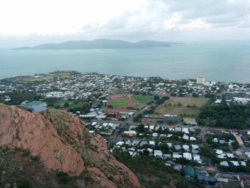 Vue d'une partie de Townsville depuis le Castle Hill, Townsville, Queensland