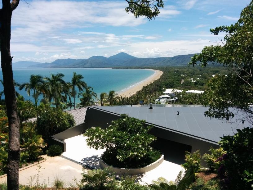 Vue sur la plage de Port Douglas, Queensland