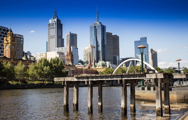 CBD de Melbourne au bord de la Yarra River