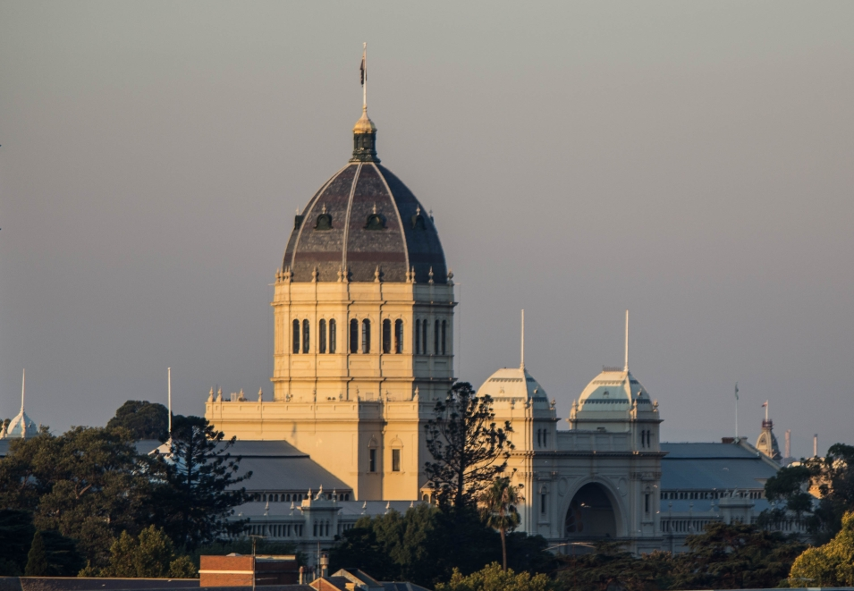 Royal Exhibition Building de Melbourne au coucher du soleil
